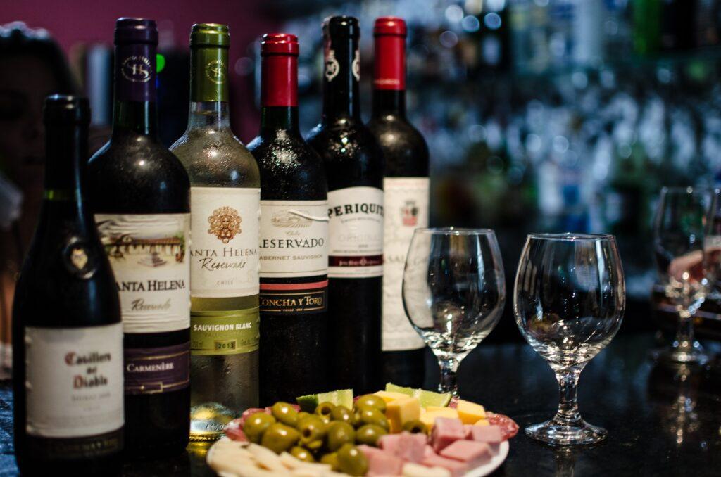 wines-2447514_1920